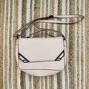 Medium size pink purse NWOT